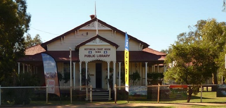 Heritage Courthouse with verandahs all around now houses the Information Centre and the Library